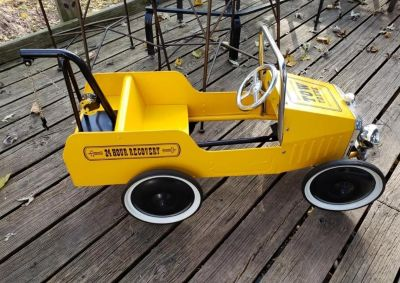 Kids ride on pedal truck