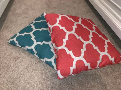 Outdoor throw pillows!
