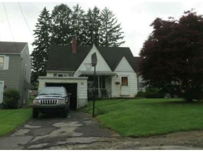 4 Bed 1 Bath Foreclosure Property in Johnstown, PA 15905 - Violet St