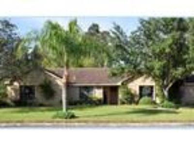 Four BR, 3.5 BA, 2,835 sqft single family house in Brownsville