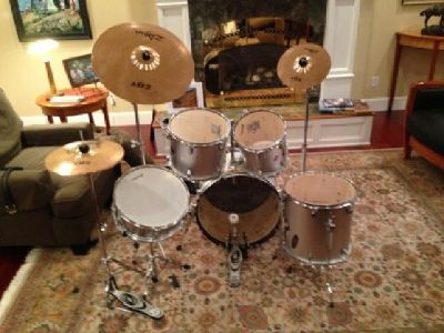 $200 OBO Legion 8-Piece Drum Kit