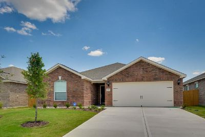 $869, 4br, This Weekend ONLY 4 bed2 Bath Home $869Mo Applicances Included
