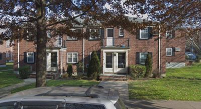 ID#: 1348944 Two Bedroom Apt For Rent in Hollis Court at Bayside