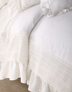 """NEW- Amity Home Bellamy Queen Size Duvet Cover in White Linen/Eyelet - 88"""" x 96"""""""