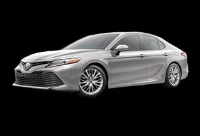2018 Toyota Camry Hybrid XLE (Celestial Silver Metallic)