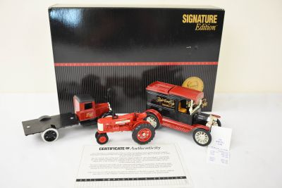 1992 Fred ERTL SIGNATURE - EMPLOYEE'S EDITION Boxed Set
