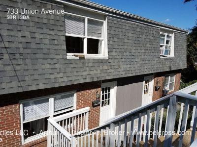 Woodburn Area - 5 Bedroom, 3 Bath Duplex - Available 8/2