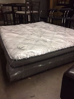"""BRAND NEW! QUALITY USA MADE """"ORGANIC"""" THICK QUEEN MATTRESS WITH WARRANTY!"""