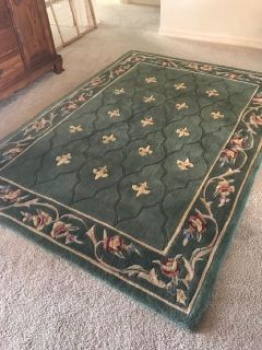 Royal Palace, Wool Area Rug 5' x 7'