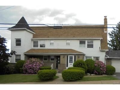 2 Bed 2 Bath Foreclosure Property in Hazleton, PA 18201 - E 3rd St