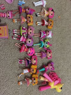 Lalaloopsy dolls, treehouse, school bus