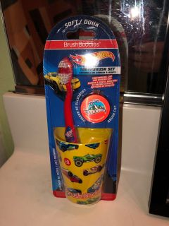 NEW!! HOT WHEELS TOOTHBRUSH SET
