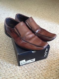 ALDO classic mens distressed brown leather slip on loafer dress shoes size 9 - EODEZ