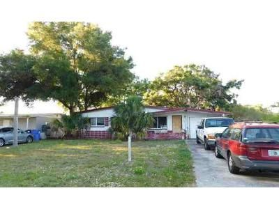 3 Bed 2 Bath Foreclosure Property in Saint Petersburg, FL 33714 - 42nd Ave N