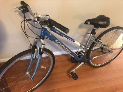 Schwinn women s trail bike