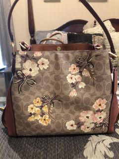 Genuine Coach Edie Prairie 31 Handbag