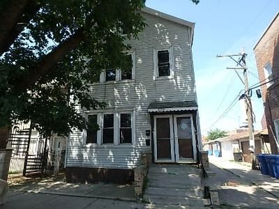 4 Bed 2 Bath Foreclosure Property in Chicago, IL 60616 - S Parnell Ave