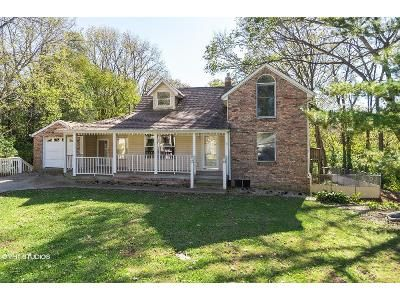 3 Bed 3 Bath Foreclosure Property in Greenwood, IN 46143 - Max Ave