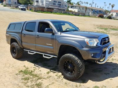 4x4 2012 Toyota Tacoma TRD Off-Road LOW miles