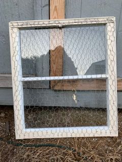 Rustic Farmhouse Message Window with wire