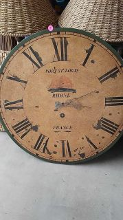 Large 24-inch round wood wall clock works perfectly $5 porch pick-up