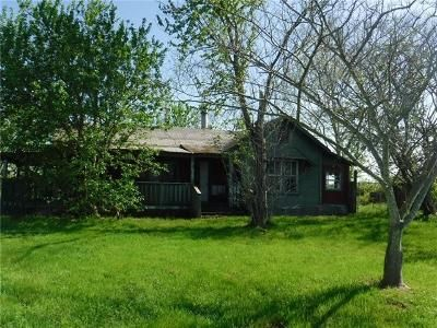 3 Bed 1 Bath Foreclosure Property in Whitney, TX 76692 - Hcr 1250
