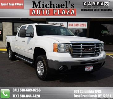 2009 GMC Sierra 2500HD SLT Z71 V8 Duramax Diesel! One Owner, Clean Carfax! Navigation, Entertainment Pkg. w/DVD, Remote Starter, Backup Camera, Bluetooth, Heated Seats, Power Windows/Locks/Mirrors, and MUCH MORE! We Finance, Trades Welcome! Stock#11839