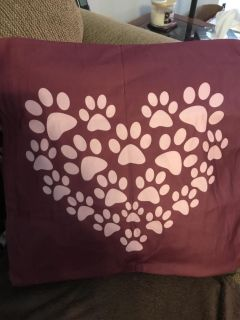 Brand new! Beautiful pet lovers throw pillow cover.
