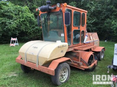 2013 Broce KR350 Broom
