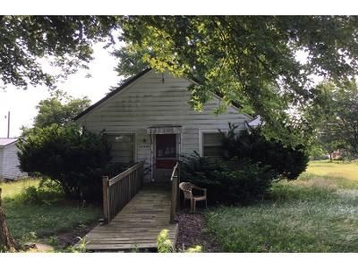 2 Bed 1 Bath Preforeclosure Property in Ossian, IN 46777 - Tile St