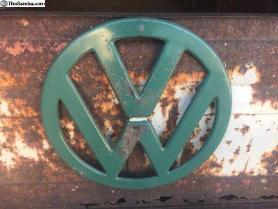 Velvet Green Emblem