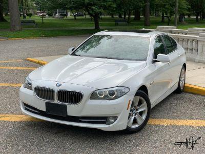2013 BMW MDX 528i xDrive (White)