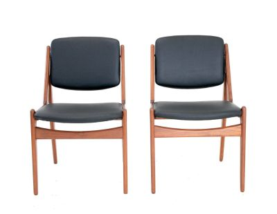 Mid Century Chairs.. By Arne Vodder
