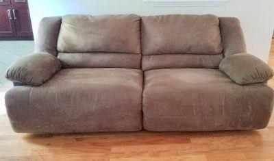 Dual Recliner Sofa - Almost New!