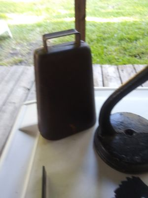 Over a hundred year old cow bell Sachse or Allen pickup