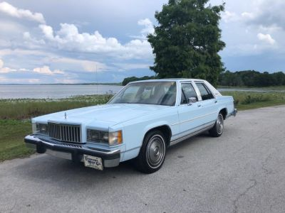 1985 Mercury Grand Marquis Base (Blue (Dark))