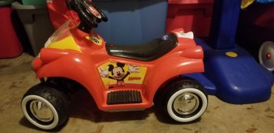 Mickey Mouse battery powered ride
