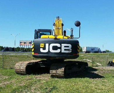 2014 JCB JS220
