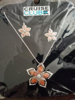New Necklace with Earrings Set...poms