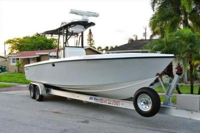 2013 White Water 28 CC Inboard