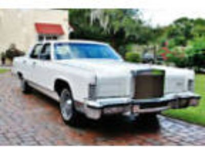 1979 Lincoln Continental 1979 Lincoln Continental Collectors Series LOW MILES