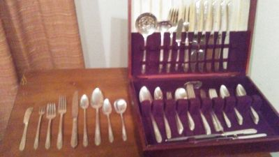 Vintage Royal Rose Silverware 60 Piece Set