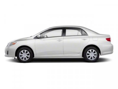 2012 Toyota Corolla Base (Super White)