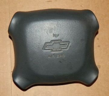 Find 1998 CHEVY ASTRO/1500/2500 PICKUP OEM BLACK DRIVER AIR BAG W/WARRANTY motorcycle in King of Prussia, Pennsylvania, United States, for US $39.99