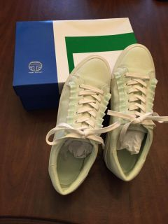 Tory Burch sz 11, sneakers! Lime green & white w/suede uppers & RUFFLE accent!