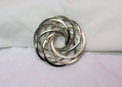 """New Silver Tone Circle Brushed Metal 2.5"""" Geometric Round Scarf Brooch Hat Pin Lapel"""