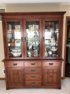 Wood China Cabinet with inner Lights