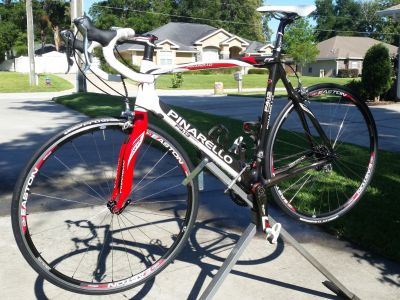 Pinarello f4:13 carbon road bike 57 cm