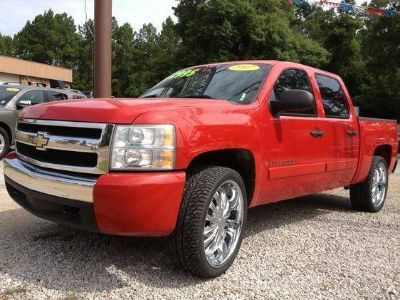 2007 Chevrolet Silverado 1500 LS Crew Cab 2WD - Priced to Sell