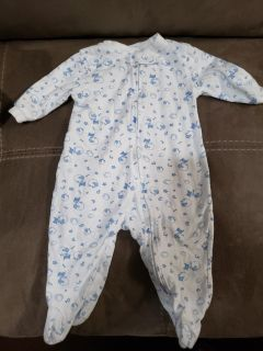 Cute Sleeper Size 0-3 Months. Excellent Condition